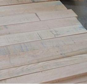实木板_实木厚芯生态板厂家_马六甲生态板厂家
